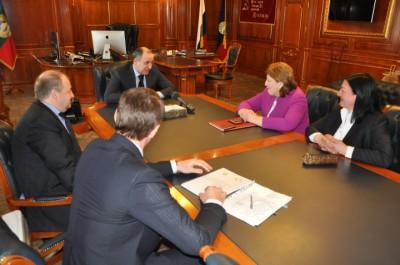 22 апреля 2015 года Глава Карачаево-Черкесии Рашид Темрезов провел встречу с омбудсменами республики.