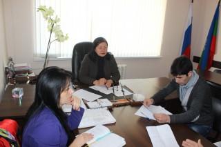 5 ноября 2015 года Уполномоченным по правам человека в Карачаево-Черкесской Республике З.Н. Умалатовой проведен личный выездной прием граждан в здании администрации Усть-Джегутинского муниципального района.